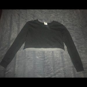 H&M Divided Cropped Crew Neck Sweatshirt